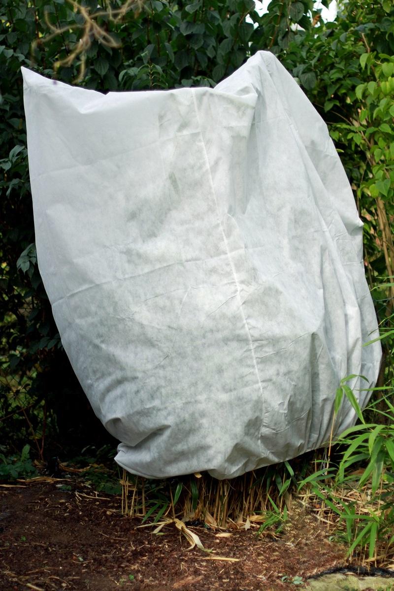 6 FROSTSCHUTZHAUBEN 50g/m² 220cm x 240cm Frostschutzvlies  Pflanzen- Schutzhaube