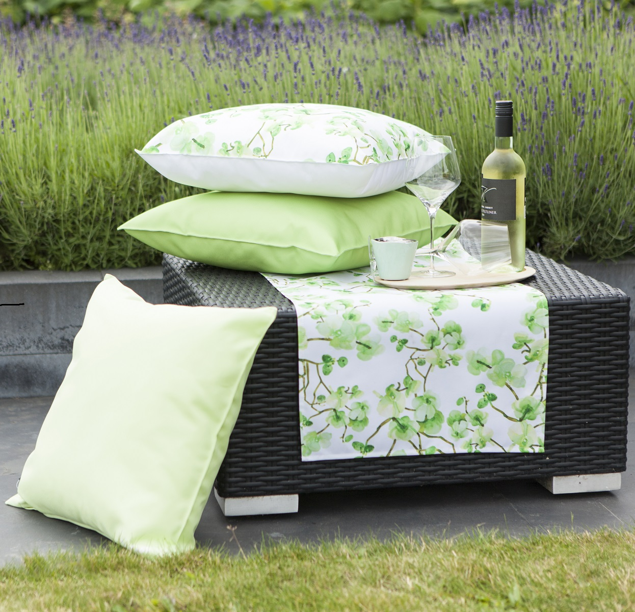 tischdecke garten excellent neu wetterfeste oder fr den x. Black Bedroom Furniture Sets. Home Design Ideas